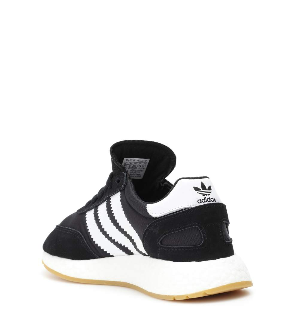 on sale c7d9d f9d1c Because the whole upper (sans laces) stretches to fit the foot, the heel  enclosure sensed unlike most running shoes. The elasticity of the fabric  let for ...